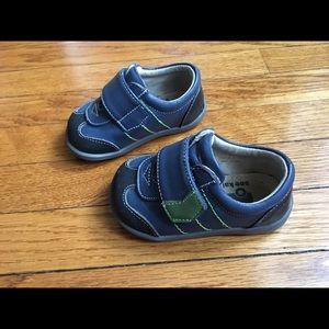 See Kai Run shoes toddler 4